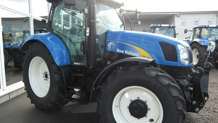 Трактор CASE New Holland T6030 Elite